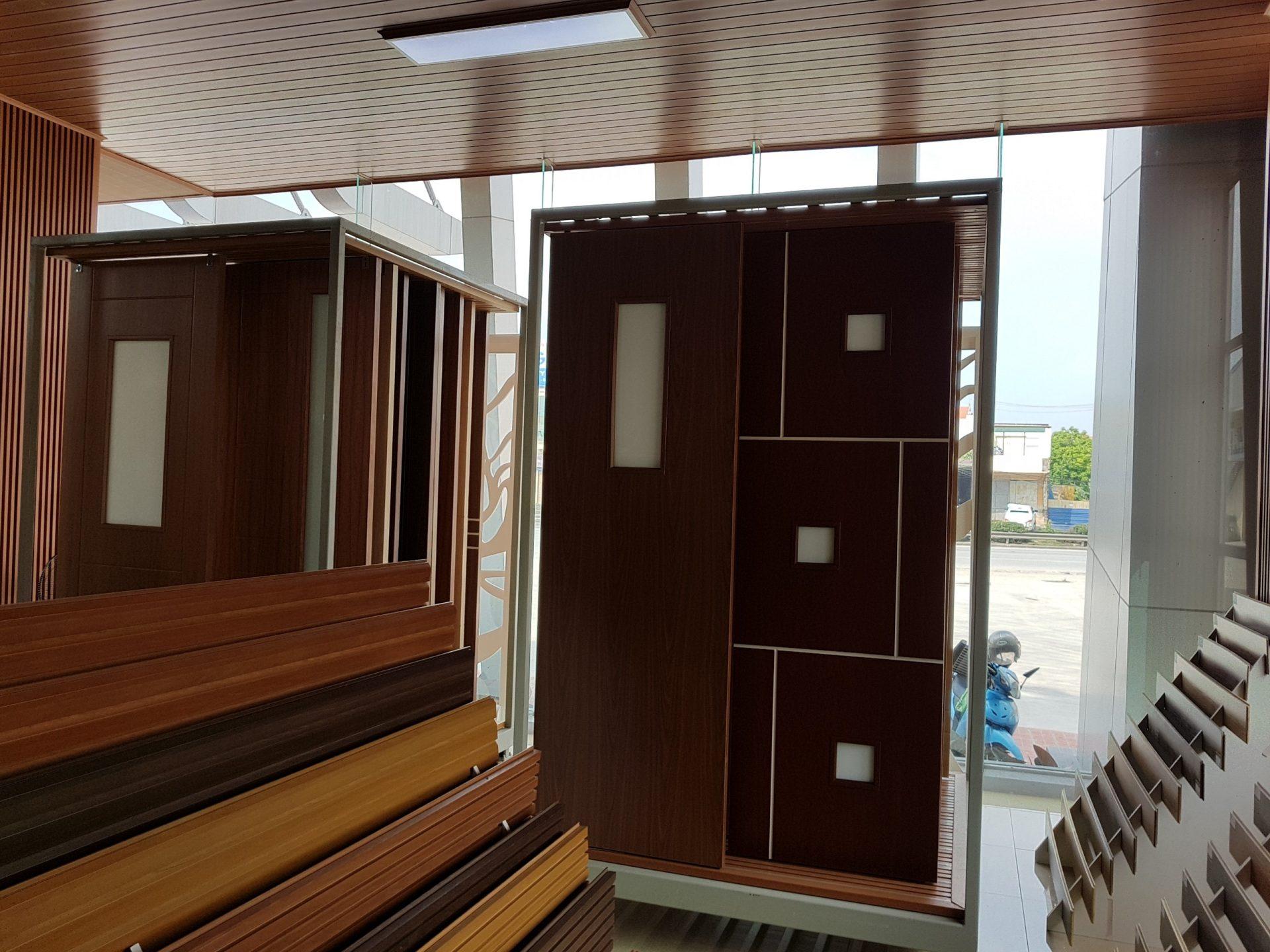showroom khu vuc san pham cua